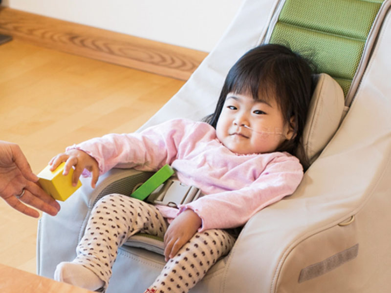 兒童擺位椅-腦性麻痺及多重障礙兒童專用
